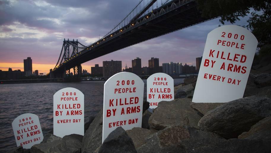 Asekauppasopimuksen stuntti New Yorkissa