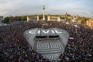 Civil-mielenosoitus